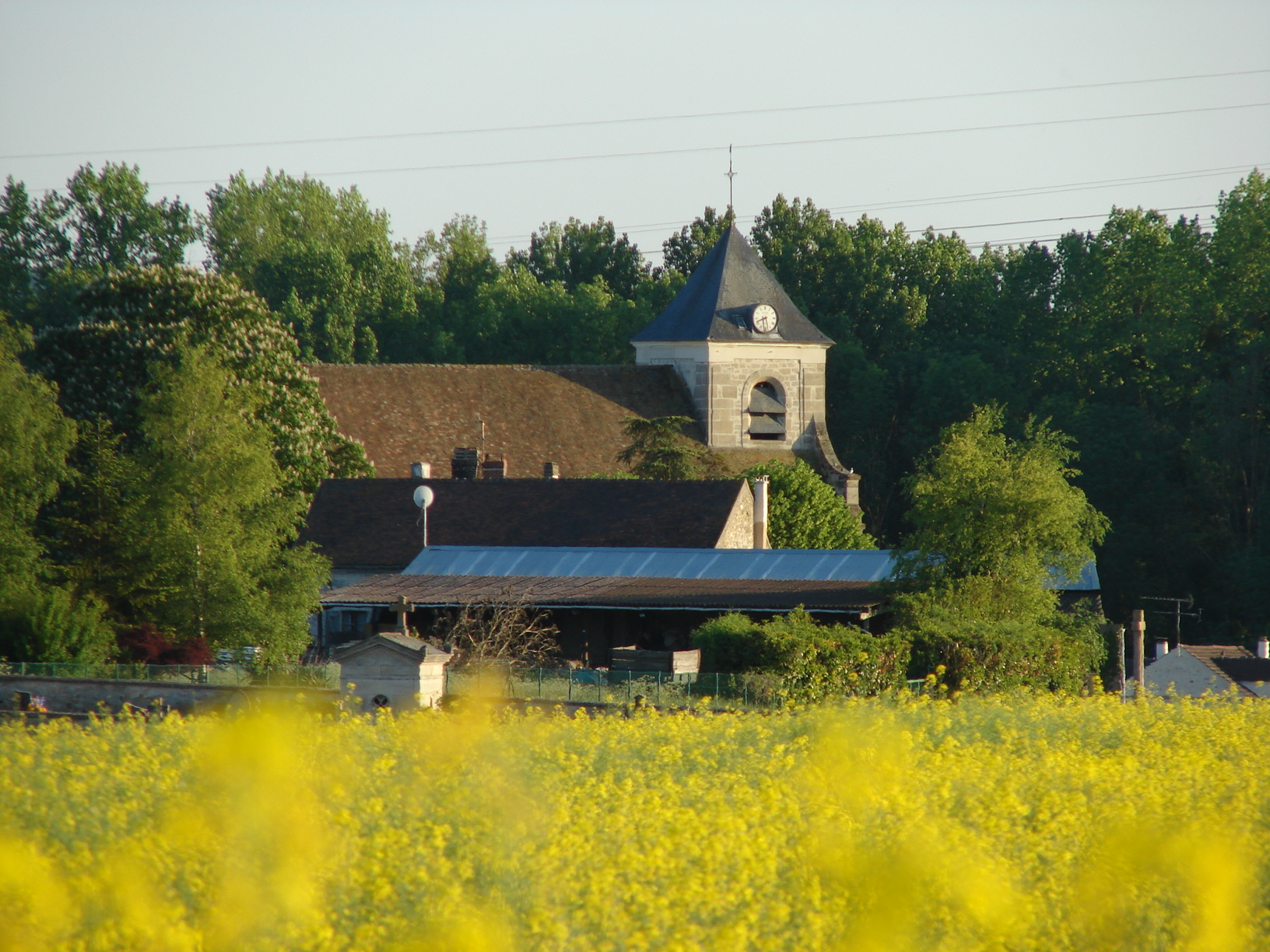 Église de Sagy Village