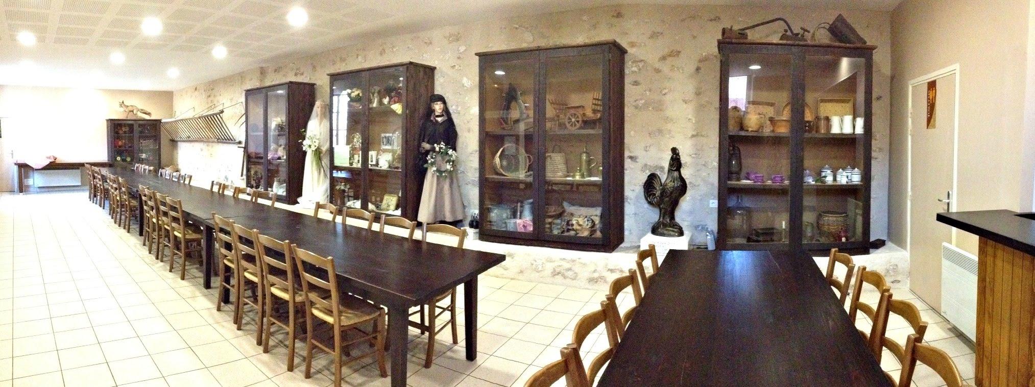 Salle de restauration du Musée de la Moisson